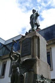 Monumento a Juan Rafael Mora en la ciudad de San José