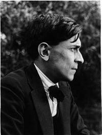 Mariátegui, fotografiado por José Malanca en 1929.