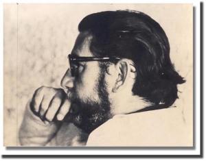 Augusto Salazar Bondy, el autor de este ensayo, fotografiado en Buenos Aires en 1973.